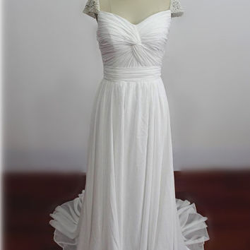 Custom Made Boho Wedding Dresses Cap Sleeves with Pearls Beach Wedding Gowns Brush Train Bridal Gowns Chiffon Bridal Dress