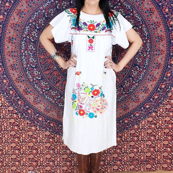 Vintage 70s White Mexican Hand Embroidered Flower Peacock Design Oaxacan Peasant Dress S // M