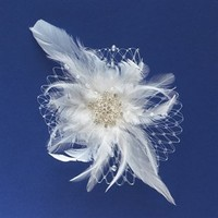 Unveiled Bridal | Stylish Wedding Essentials and Accessories. Feather and Net Clip