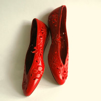 Vintage 1960's red leather flats with floral cutouts.  Size US 5, Europe 35 , Australian 3.5