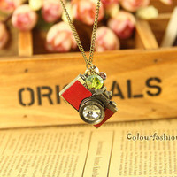 Spring Gift Camera Necklace-Vintage Style Red Leather Camera Necklace