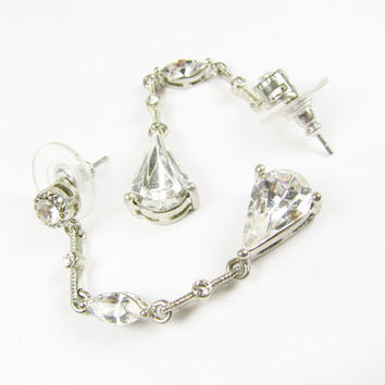 Vintage Rhinestone Earrings, Bridal / Vintage Wedding Earrings - Boucles d'Oreilles.