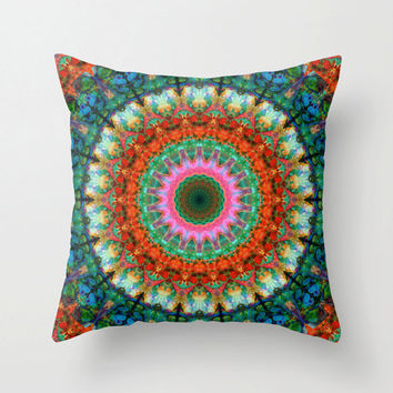 Throw Pillow Mandala Green Red Pink Art Design Home Sofa Bed Pattern Decor Artsy Decorating Made Easy Living Room Bedroom Bedding