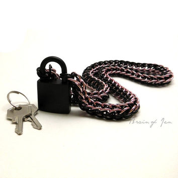 Chainmail Slave Collar Black and Pink with Matte Black Padlock