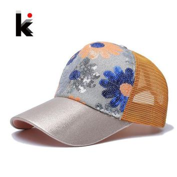 LMFG8W Girl's 5 Panel Trucker Cap Drake Sun Breathable Hat Summer Baseball Cap Sequins Flashes Sunflower Hats For Women