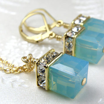 Mint Green Jewelry, Bridesmaid Necklace and Earrings Set, Bridal, Gold Filled, Swarovski Cube, Mint Crystal Spring Wedding Jewelry, Handmade