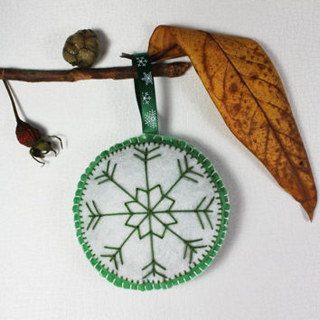 Christmas decorations , Christmas ornaments , Snowflake christmas ornament Christmas Handmade Felt Decorations
