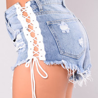 Crush Shorts - Light Denim