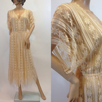 1970s Cream Blush Floral Lace Dress, Kimono Sleeve, Pointed Hem by Jayna New York, size Large