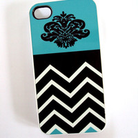 Modern iPhone 4 / 4S Case Unique Phone Cases - Trendy and Pretty Turquoise and Black Chevron Damask