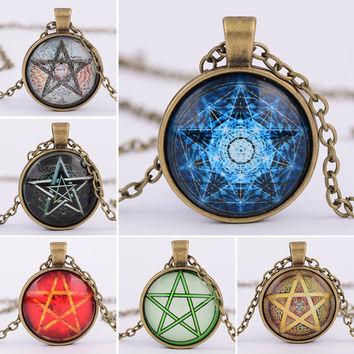 New arrival Pentacle Wicca Pendant Necklace Wiccan Jewelry Occult Charm Pentagram glass dome pendant necklace XL384