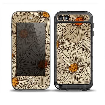 The Tan & Orange Tipped Flowers Pattern Skin for the iPod Touch 5th Generation frē LifeProof Case