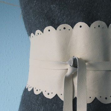 Butter Lace  Leather Obi Belt by TheButterfliesShop on Etsy