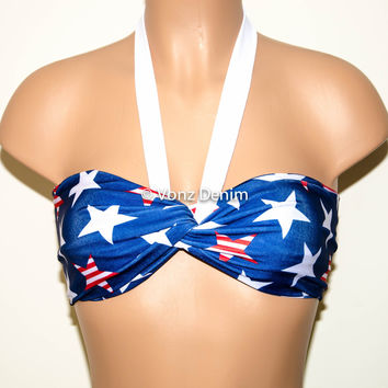 PADDED Blue, White & Red Stars Twisted Top Bandeau, Beach Bra Swimsuit Top, Bikini Top Bandeau, Spandex Bandeau, Twisted Tops Bathing Suits