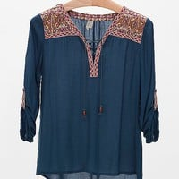 Gimmicks By BKE Lace-Up Top