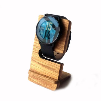 Wooden Pebble Watch Stand Oak Wood Minimalist Smart Watch Stand Rustic Apple Watch Display Stand Gift Idea for Her Gift for Him for Husband