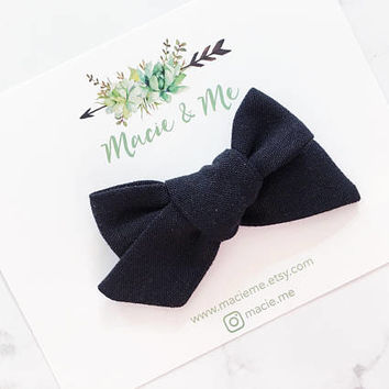 Black Linen Tied Bow / Girls Hair Bows / Alligator Clip / No Slip Grip / Macie and Me / Hand Tied