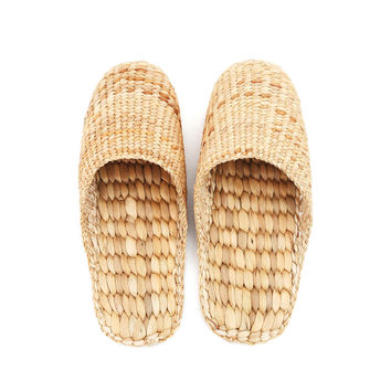 Natural Handmade - Closed Toe Slippers for Men and Ladies - Hand Woven Water Hyacinth