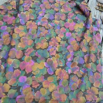 "Vintage Floral Pansy Print Fabric Purples Gold Green 4.5 yds X 45"" wide"