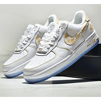 NIKE New fashion embroidery hook floral sports leisure running shoes men  White