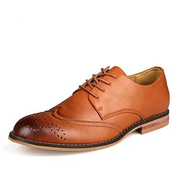 Men's Leather Shoes Business Formal Brogue Pointed Toe Carved Oxfords Vintage