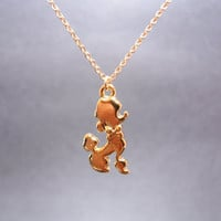 lovely poodle dog/puppy goldfilled necklace
