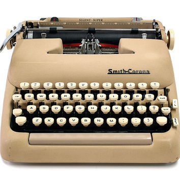 1956 Smith Corona Silent Super Typewriter / Original Case / New Ribbon / Working Typwriter