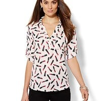 NY&C: Soho Soft Shirt - One-Pocket Popover - Lipstick-Print