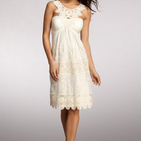 MUSE Ivory Lace Dress Crochet Neck Embroidered Sleeveless Size 6 NWT $138.00