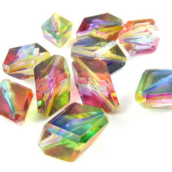 6 - Vintage Faceted Diamond Shape Plastic Beads - Transparent Rainbow