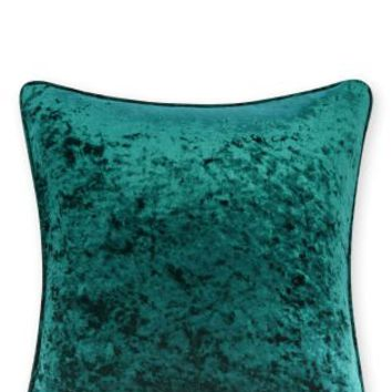 Buy Crushed Velvet Cushion online today at Next: Deutschland