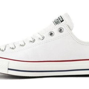ONETOW Converse Unisex: CT Ox White Leather Sneaker