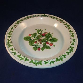 "Portmeirion ""Summer Strawberries"" Pie Serving Plate"