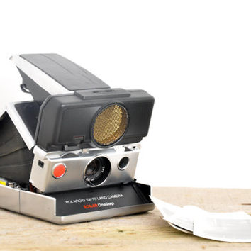 Polaroid SX-70 Sonar One Step Land Camera // Vintage Instant Camera