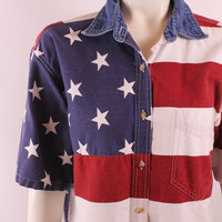 Vintage 90s - American Flag - Red White Blue - Stars & Stripes - Button Up Collar - Short Sleeve Shiry