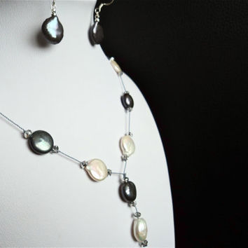Coin Pearl Necklace and Earrings Set White and by Lunarpearl