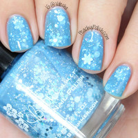 Snow Much Fun Light Blue Snowflake Holiday Polish- 0.5 oz Full Sized Bottle