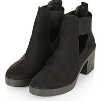 BRODY Cut-Out Chelsea Boot - Shoes