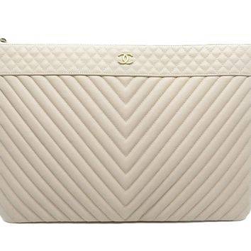 Chanel Quilting Caviar Leather Clutch Bag Purse Nude 1763