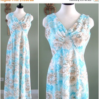 ON SALE Vintage Maxi Dress, 1970s Floral Maxi Dress in Light Blue and Tan Floral Print, Vintage Sleeveless Blue Polyester Summer Dress Size