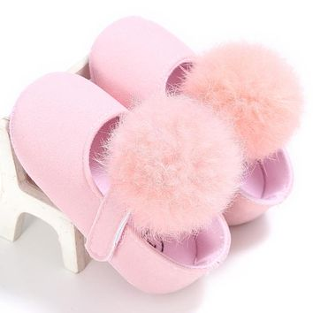 Soft Toddler Girls Fur Ball Baby Shoes Soft Sole Non-Slip Baby Shoes