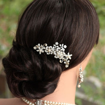 Fashion Beauty Bridal Wedding Flower Pearls Headband Hair Clip Comb Jewelry (Color: Silver) = 1930164420