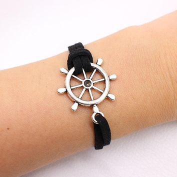 NEW Multilayer Handcuffs simple Leather charm Bracelets Bangle Black Rope chain bike For men Women