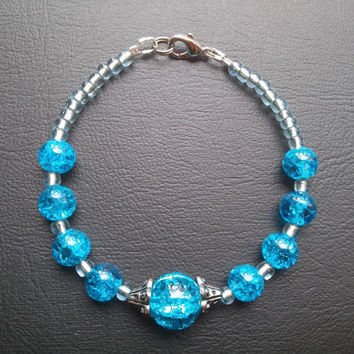 Blue crackled glass bead bracelet