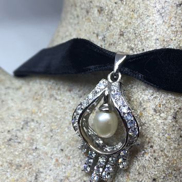 Vintage Real white sapphire and Genuine White Pearl 925 Sterling Silver dangle pendant Necklacde