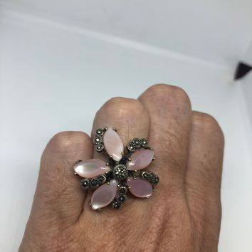 Vintage Mother of Pearl 925 Sterling Silver Marcasite Flower Ring