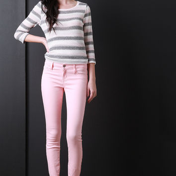 Soft Low Rise Taper Cut Jeans
