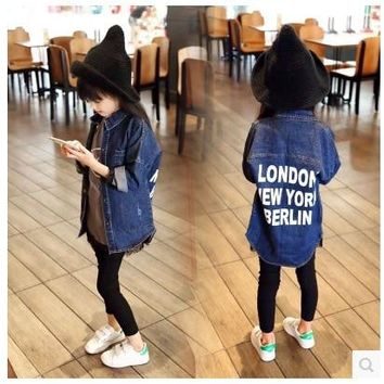 2017 New Fashion Kids Girl Denim Jacket Coat Letter Print Long Trench Coat for Girls Outerwear Children Clothing Jaquetas Menina