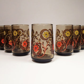 Mod Flower Juice Glasses Mid Century 1960s Applied Enamel Glass  set of 11