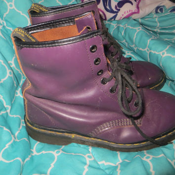 Vintage  80s   Dr Marten Boots, Purple leather, Air wair  cushion  Soles boots made ENGLAND sz  10 womens